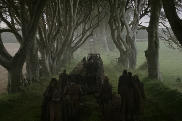 Northern Ireland Game of Thrones Filming Locations : The Dark Hedges : The King's Road : Image copyright of HBO, screencap from Screencapped.net