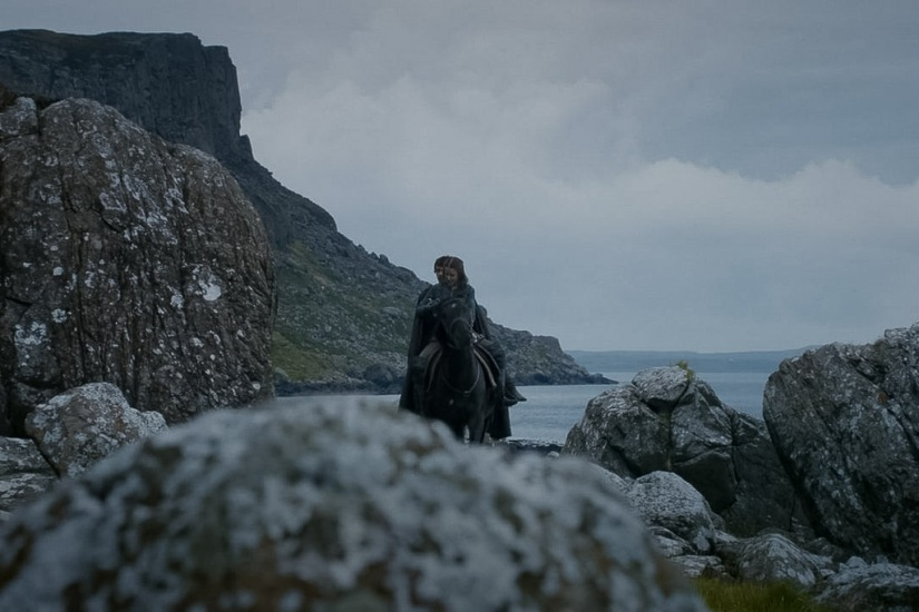 Northern Ireland Game of Thrones Filming Locations : Murlough Bay : Storm's End : Image copyright of HBO, screencap from Screencapped.net