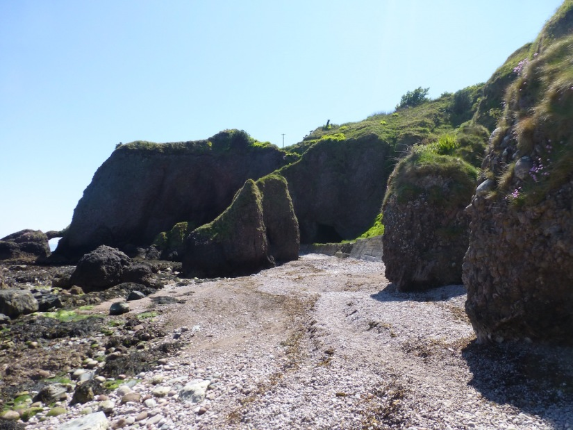 Northern Ireland Game of Thrones Filming Locations : Cudendun Caves : The Stormlands