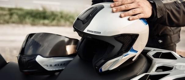 BMW System 7 Helmet
