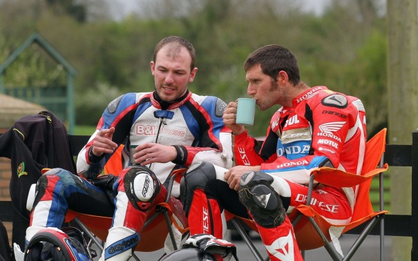 Guy Martin and Paul Jordan Collide at 2017 Tandragee 100