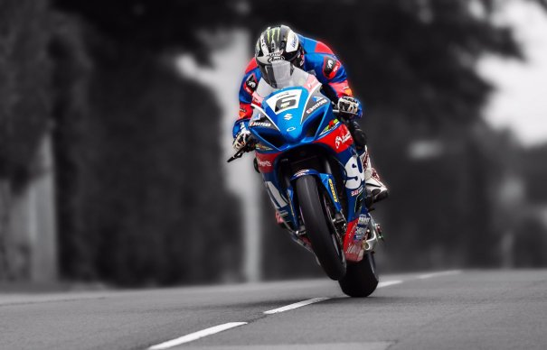Michael Dunlop in winning form at the 2017 Southern 100